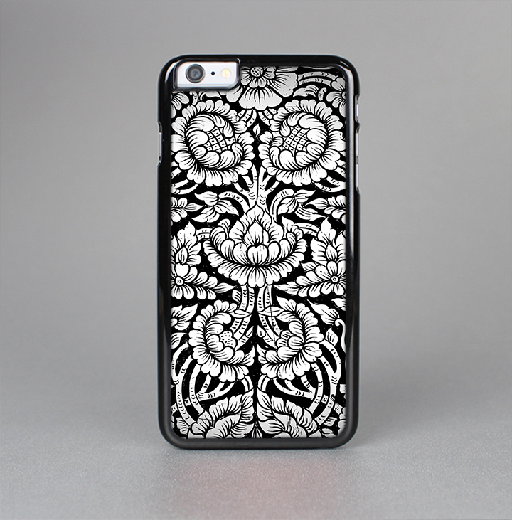 The Black & White Mirrored Floral Pattern V2 Skin-Sert for the Apple iPhone 6 Skin-Sert Case