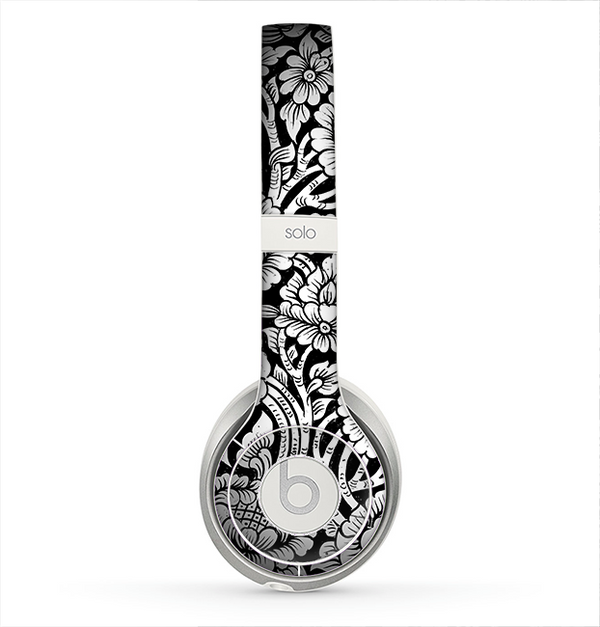 The Black & White Mirrored Floral Pattern V2 Skin for the Beats by Dre Solo 2 Headphones