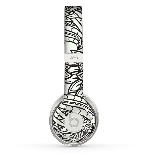The Black & White Vector Floral Connect Skin for the Beats by Dre Solo 2 Headphones