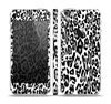 The Black and White Snow Leopard Pattern Skin Set for the Apple iPhone 5