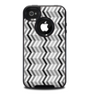 The Black and White Thin Lined ZigZag Pattern Skin for the iPhone 4-4s OtterBox Commuter Case