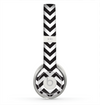 The Black and White Zigzag Chevron Pattern Skin for the Beats by Dre Solo 2 Headphones