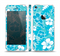 The Blue & White Hawaiian Floral Pattern V4 Skin Set for the Apple iPhone 5