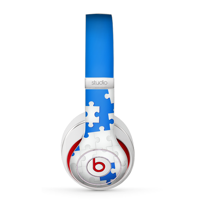The Blue & White Scattered Puzzle Skin for the Beats by Dre Studio (2013+ Version) Headphones