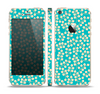 The Blue and Yellow Floral Pattern V43 Skin Set for the Apple iPhone 5s