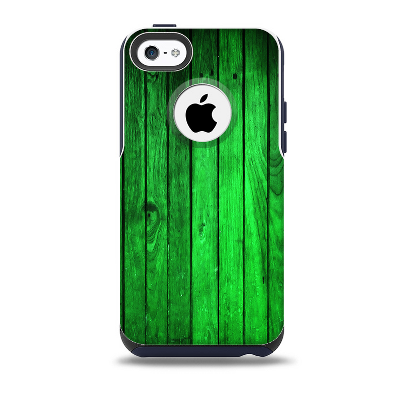 The Bright Green Highlighted Wood Skin for the iPhone 5c OtterBox Commuter Case