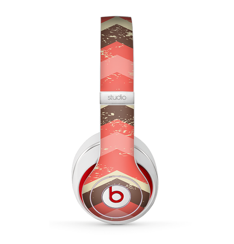 The Coral & Brown Wide Chevron Pattern Vintage V1 Skin for the Beats by Dre Studio (2013+ Version) Headphones