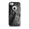 The Cracked Black Planks of Wood Skin for the iPhone 5c OtterBox Commuter Case