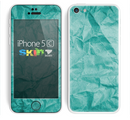 The Crumpled Trendy Green Texture Skin for the Apple iPhone 5c
