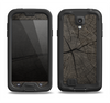 The Dark Cracked Wood Stump Samsung Galaxy S4 LifeProof Nuud Case Skin Set