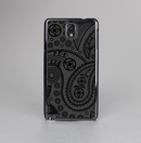The Dark Gray & Black Paisley Skin-Sert Case for the Samsung Galaxy Note 3