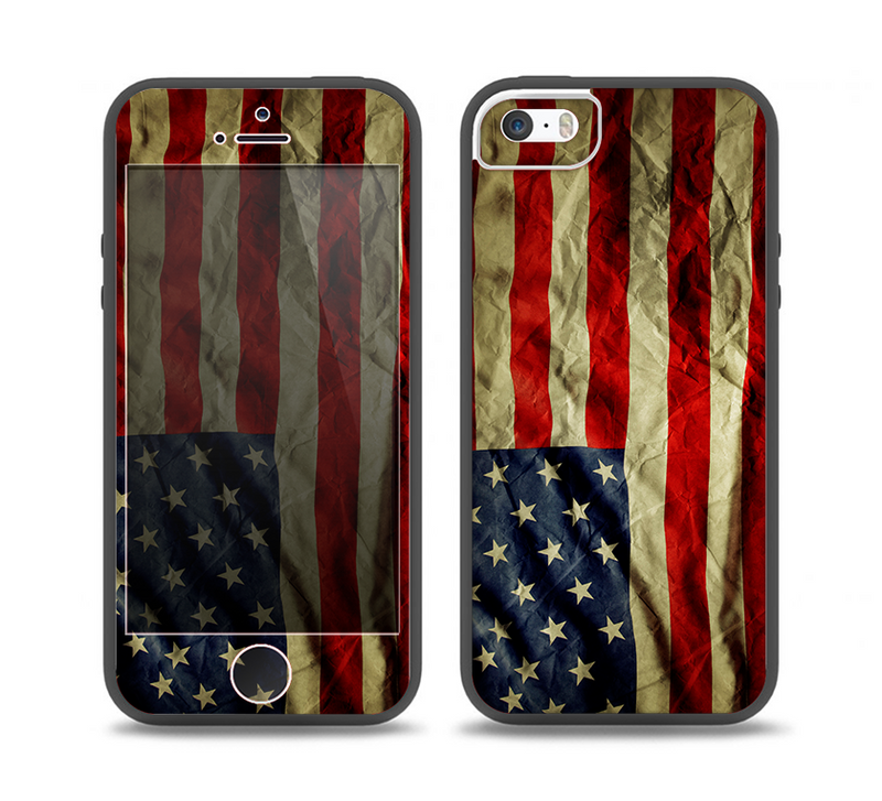 The Dark Wrinkled American Flag Skin Set for the iPhone 5-5s Skech Glow Case