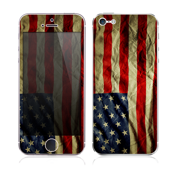The Dark Wrinkled American Flag Skin for the Apple iPhone 5