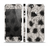 The Dotted Black & White Animal Fur Skin Set for the Apple iPhone 5