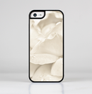 The Drenched White Rose Skin-Sert for the Apple iPhone 5c Skin-Sert Case