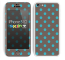 The Gray & Blue Polka Dot Skin for the Apple iPhone 5c