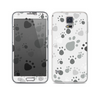 The Gray & White Large Paw Prints Skin For the Samsung Galaxy S5