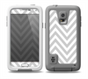 The Gray & White Sharp Chevron Pattern Skin Samsung Galaxy S5 frē LifeProof Case