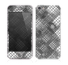 The Grayscale Layer Checkered Pattern Skin for the Apple iPhone 5s