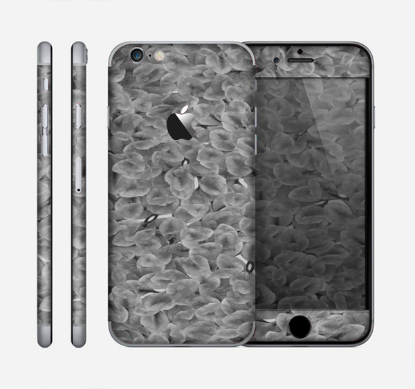 The Grayscale Flower Petals Skin for the Apple iPhone 6