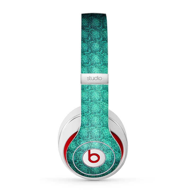 The Green Wavy Abstract Pattern Skin for the Beats by Dre Studio (2013+ Version) Headphones