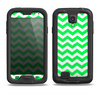 The Green & White Chevron Pattern Samsung Galaxy S4 LifeProof Fre Case Skin Set