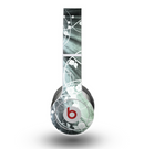 The Green and White Light Arrays with Glowing Vines Skin for the Beats by Dre Original Solo-Solo HD Headphones