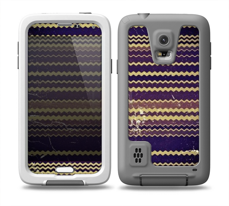 The Grunge Colorful ZigZag Striped Skin for the Samsung Galaxy S5 frē LifeProof Case