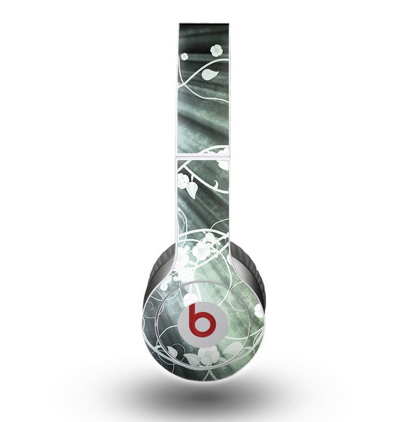 The Grunge Green Rays of Light with Glowing Vine Skin for the Beats by Dre Original Solo-Solo HD Headphones