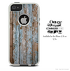 The Grunge Peeled Painted Blue Wood Skin For The iPhone 4-4s or 5-5s Otterbox Commuter Case