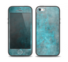 The Grungy Bright Teal Surface Skin Set for the iPhone 5-5s Skech Glow Case