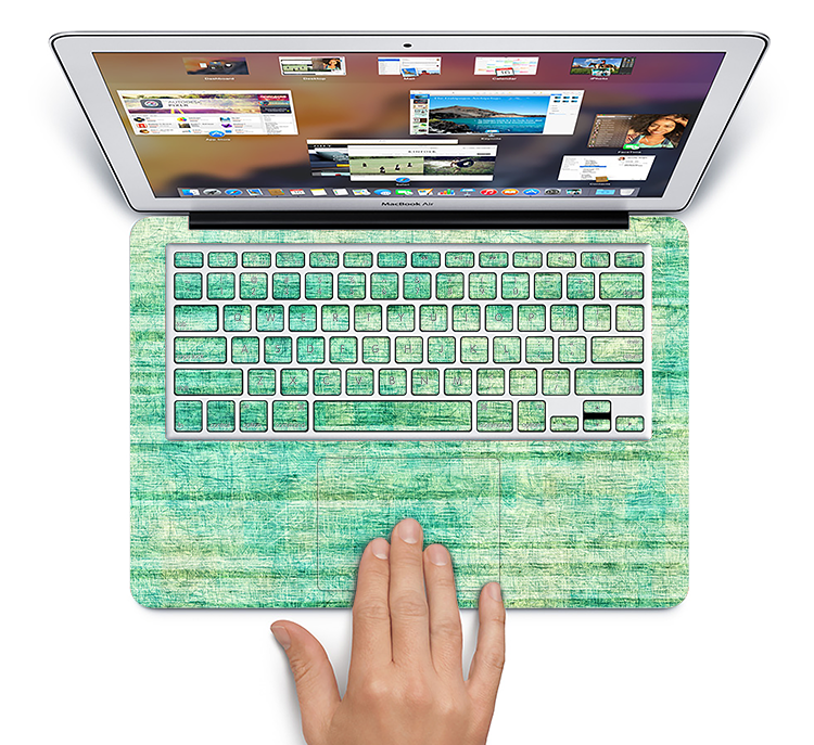 The Grungy Horizontal Green Lines Skin Set for the Apple MacBook Pro 15