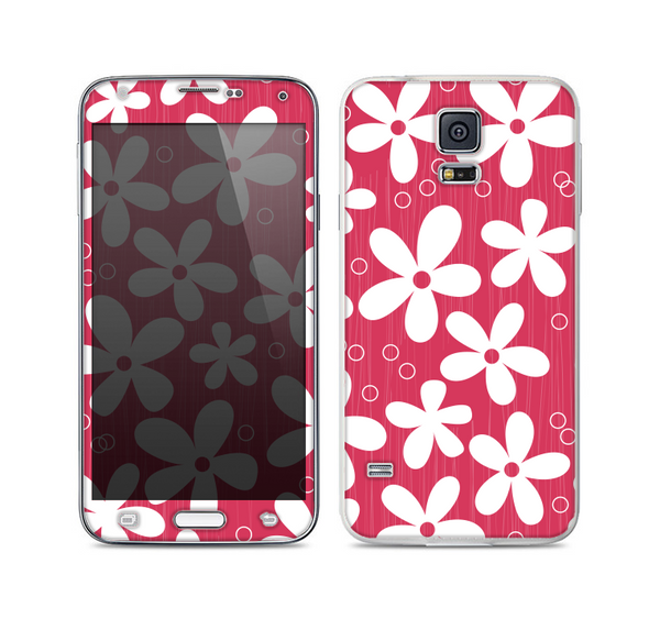 The Hanging White Vector Floral Over Red Skin For the Samsung Galaxy S5