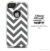 The Large Sharp Gray Chevron Skin For The iPhone 4-4s or 5-5s Otterbox Commuter Case