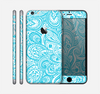 The Light Blue Paisley Floral Pattern V3 Skin for the Apple iPhone 6 Plus