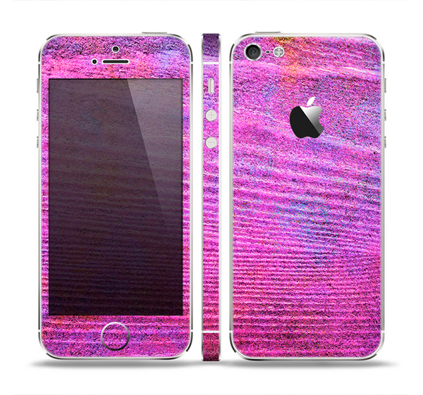 The Neon Pink Dyed Wood Grain Skin Set for the Apple iPhone 5