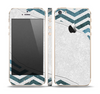 The Peeled Vintage Blue & Gray Chevron Pattern Skin Set for the Apple iPhone 5s