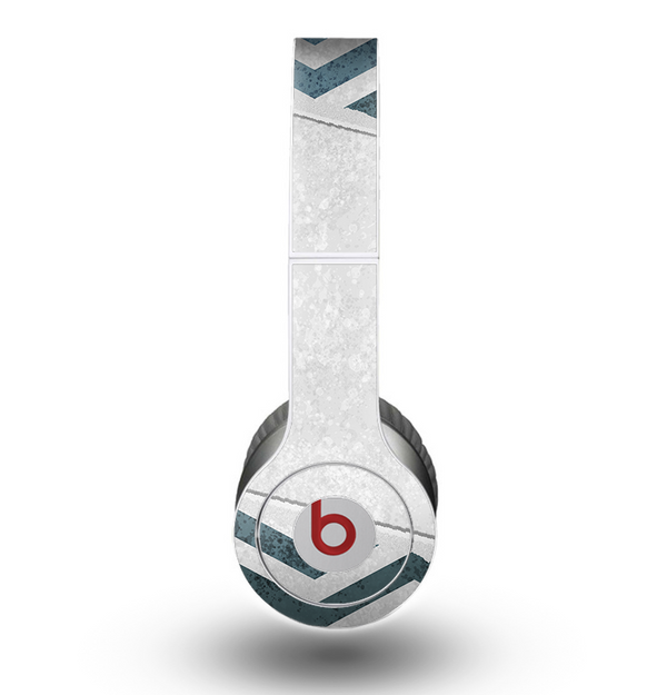 The Peeled Vintage Blue & Gray Chevron Pattern Skin for the Beats by Dre Original Solo-Solo HD Headphones