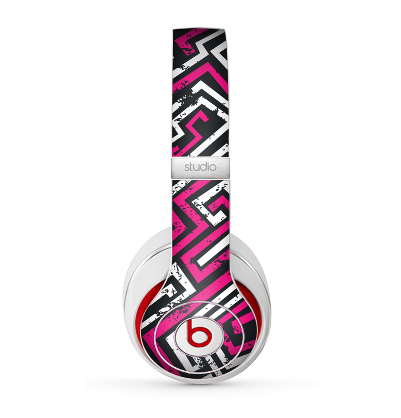 The Pink & White Abstract Maze Pattern Skin for the Beats by Dre Studio (2013+ Version) Headphones