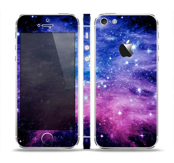 The Purple and Blue Scattered Stars Skin Set for the Apple iPhone 5