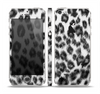 The Real Snow Leopard Hide Skin Set for the Apple iPhone 5