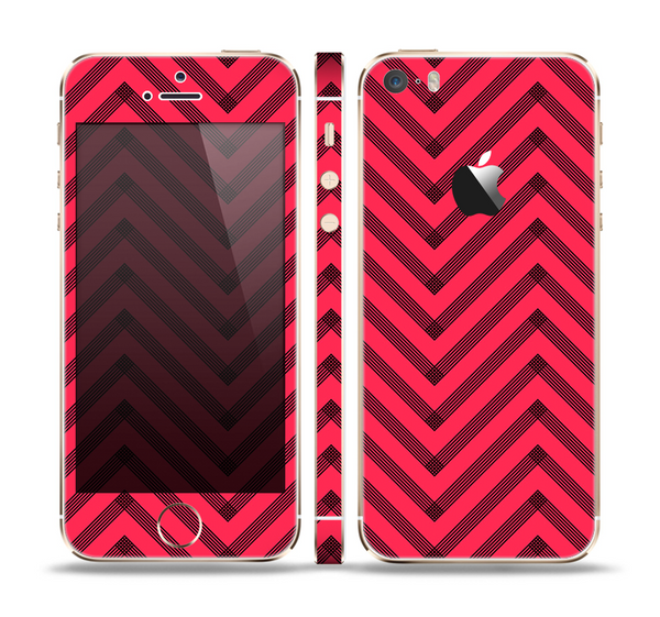 The Red & Black Sketch Chevron Skin Set for the Apple iPhone 5s