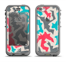 The Retro Colored Abstract Maze Pattern Apple iPhone 5c LifeProof Nuud Case Skin Set