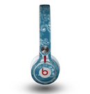 The Seamless Blue and White Paisley Swirl Skin for the Beats by Dre Mixr Headphones