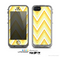 The Sharp Vintage Yellow Chevron Skin for the Apple iPhone 5c LifeProof Case
