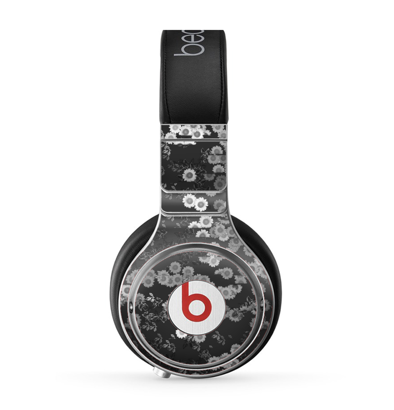 The Small Black and White Flower Sprouts Skin for the Beats by Dre Pro -  DesignSkinz 34aa4e7a3