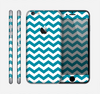 The Subtle Blue & White Chevron Pattern V2 Skin for the Apple iPhone 6