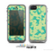 The Subtle Green Seamless Leaves Skin for the Apple iPhone 5c LifeProof Case