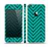 The Teal & Black Sketch Chevron Skin Set for the Apple iPhone 5s