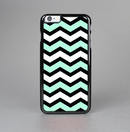 The Teal & Black Wide Chevron Pattern Skin-Sert for the Apple iPhone 6 Skin-Sert Case